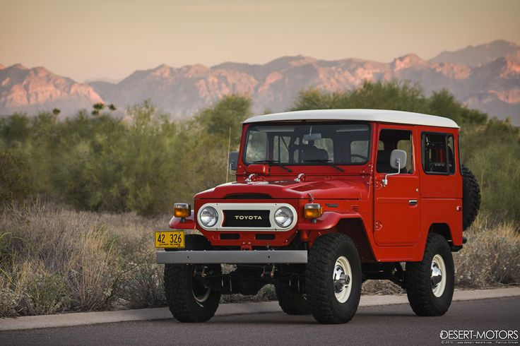Toyota Land Cruiser Fj40, the model we have in our showroom!