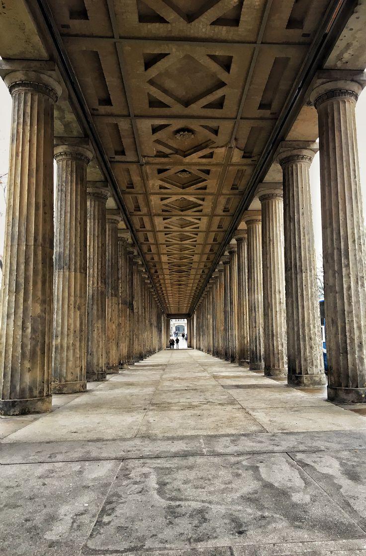 #museum #berlin #beauty #columns