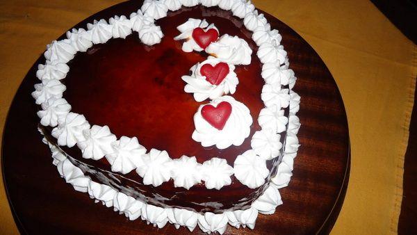 Carobna ferero torta