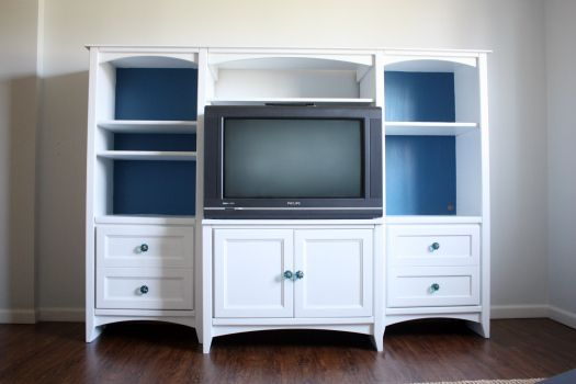 IHeart Organizing: Our Painted Entertainment Center Reveal and How To!