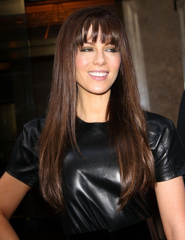 Kate Beckinsales long straight hairstyle with bangs