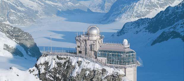 Vamos a descubrir los cinco lugares más extraudinarios de los Alpes Suizos