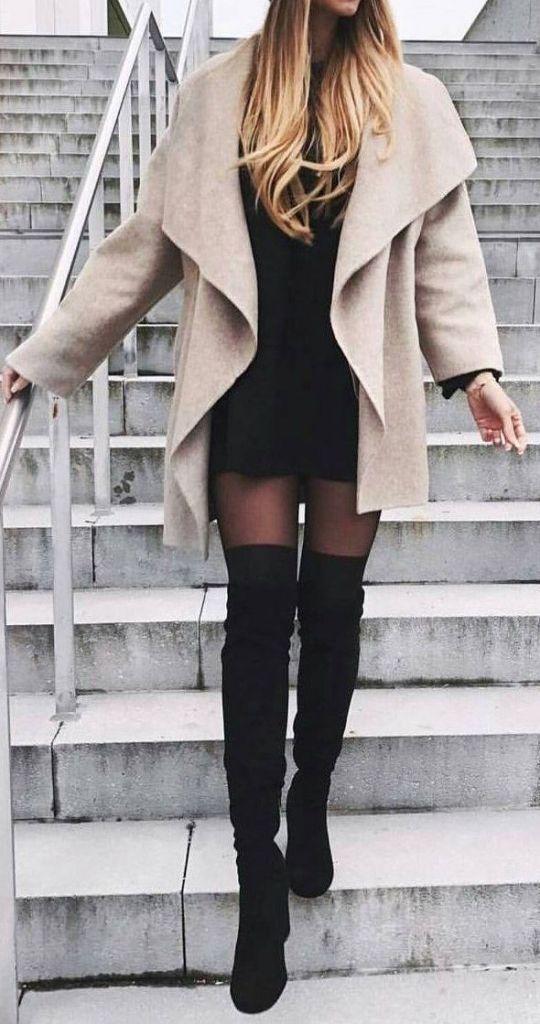 #Winter #Outfits / Schwarzes Strickkleid + OTK-Stiefel