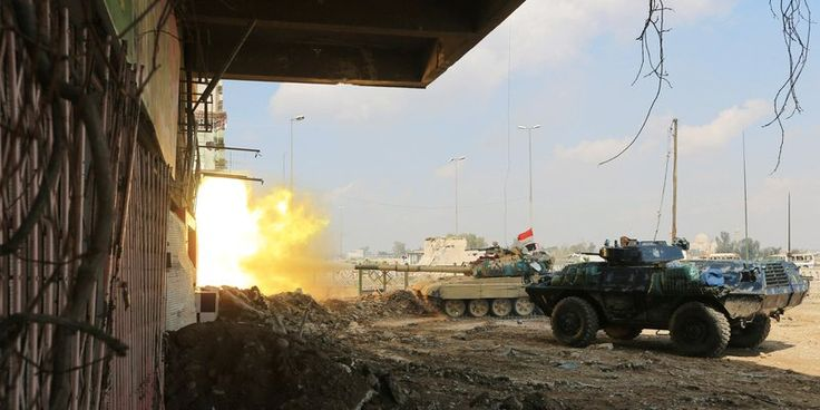 #Iraqi forces say about to #encircle Islamic State in #Mosul's Old City  http://www.reuters.com/article/us-mideast-crisis-iraq-mosul-idUSKBN1961Z9  #Iraq #Army #IslamicState #ISIS