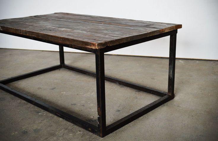 Tavolino Basso Industrial Piccolo con Piano in Abete