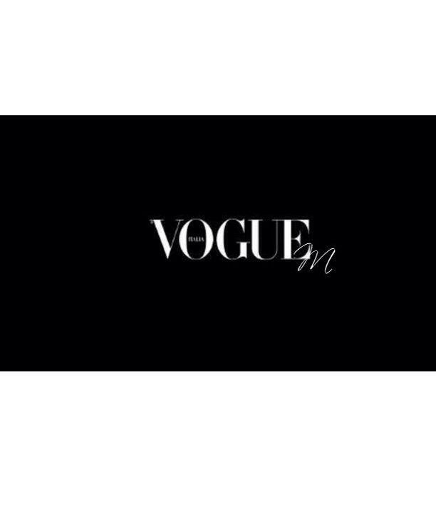 logo vogue fashion