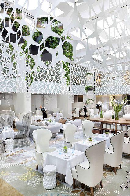 Hotel Interior Design ideas: Restaurant Blanc at Mandarin Oriental, Barcelona by Mandarin Oriental Hotel Group. See more: http://www.brabbu.com/en/inspiration-and-ideas/