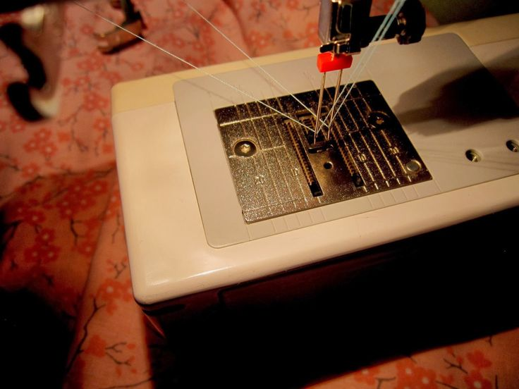 Sew There I was.....: How to use a twin needle