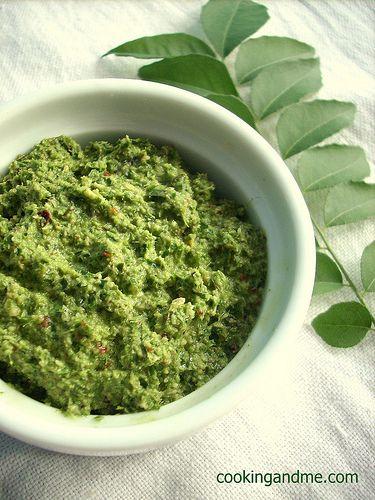 Green curry coconut chutney