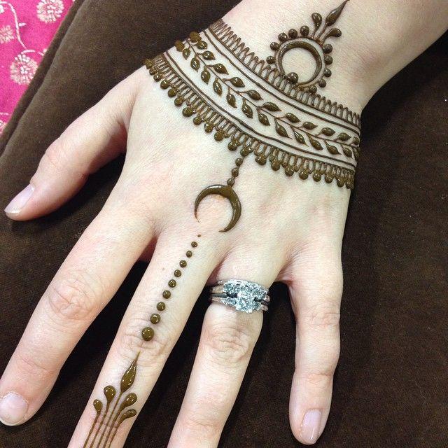 Beautiful Henna Tattoo #heartfirehenna