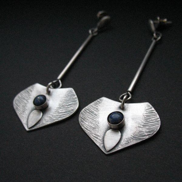 Mindfulness - srebrna kolczyki z lapis lazuli / Fiann / Biżuteria / Kolczyki polandhandmade.pl... #earrings #silverjewelry #uniquejewellery#handmade #fiann #artclay #biżuteriasrebrna #kolczyki