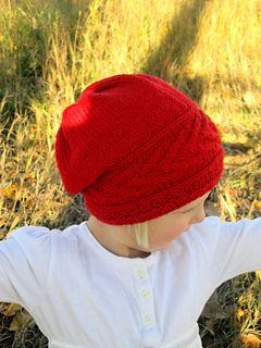Looking for a unique cable hat that is a fun, semi challenging knit? This is it! Song of Fall Slouch hat is knit in three different parts, but is completely seamless!