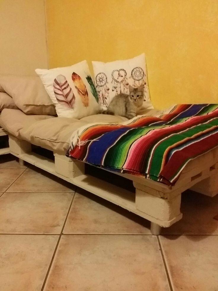 #home #sweet #home ❤ mi rincon favorito y no solo el mio 😂  #pallet #cuscinoni #cuscini decorativi  #zarape  E tanta fantasia !!!  Amo sus colores y la magia q tiene 😍