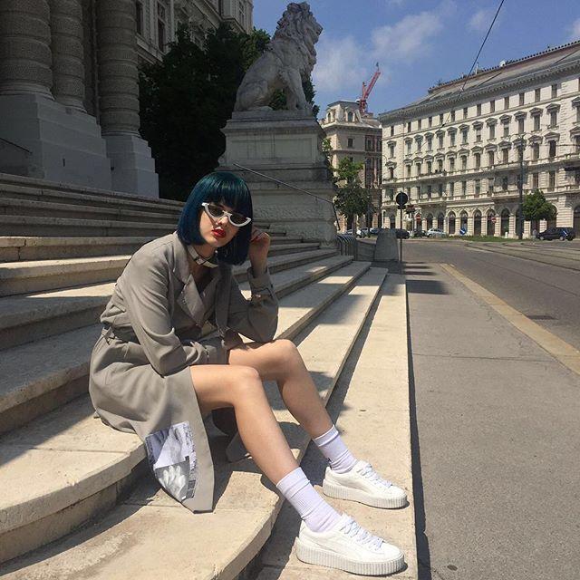 Walking around Vienna, discovering its beauty in my #FENTYxPUMA Creeper @PUMA @PUMASportstyle @PUMAWomen