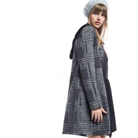 ❄ ❄ It's time to get warm! ❄  Βρες το παλτό εδώ > http://bit.ly/2fZfzsf #HelmiSale