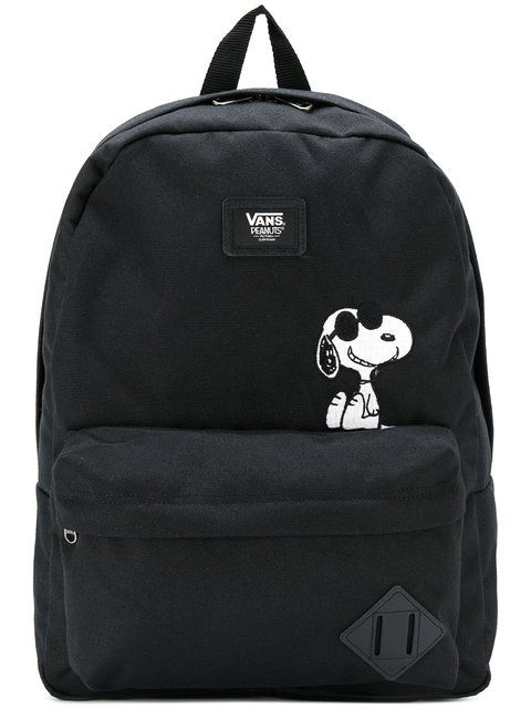 VANS Snoopy patch backpack. #vans #bags #polyester #backpacks #