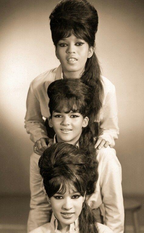 The Ronettes - Veronica Bennett, Estelle Bennett, Nedra Tally