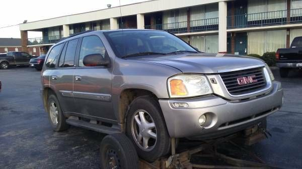 2003 GMC Envoy, parting out (Rossville)