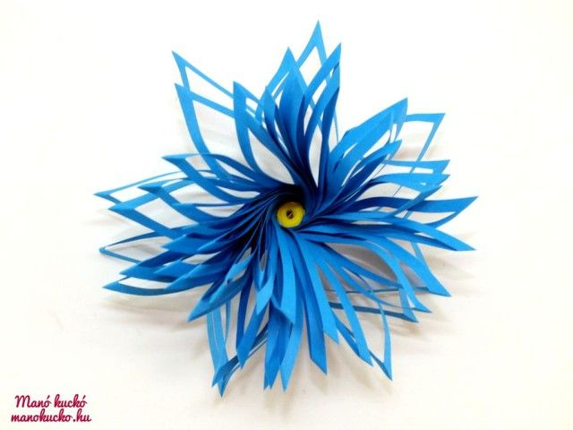 Quilling dupla szirmú virág - Manó kuckó