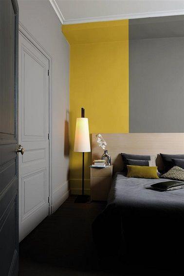 Suite parentale grise et jaune ambiance cocon ensoleillé