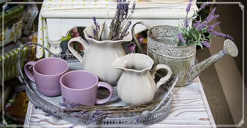 I put lavenders in lilies and waited for your arrival. Made tea, for us to feel at home. I chose my best lavender-cups, to match the flowers. Just for you. For you I had been waiting all winter long. For you dear Spring