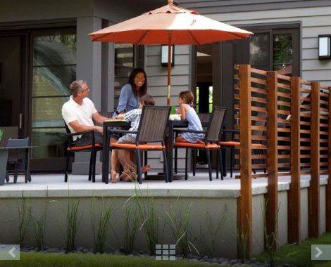 wood railing / patio
