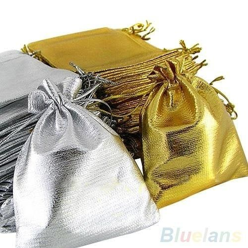 Reposting @frizbuyoutlet: cute Drawstring Organza Voile Jewelry Pouch Favour Wedding Candy Gift Bags http://crwd.fr/2m6CROd  #wedding #bride #groom #party #weaddingparty #celebration #bridesmaids #happy #happines #unforgettable #love #forever #weddingcake #family #smiles #together #ceremony #romance #marriage #weadingday #flowers #celebrate #instawed #instawedding #party #congrats #congratulations