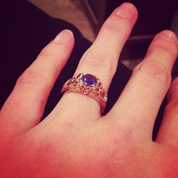 cathedral diamond engagement ring - How Do Wedding Rings Work