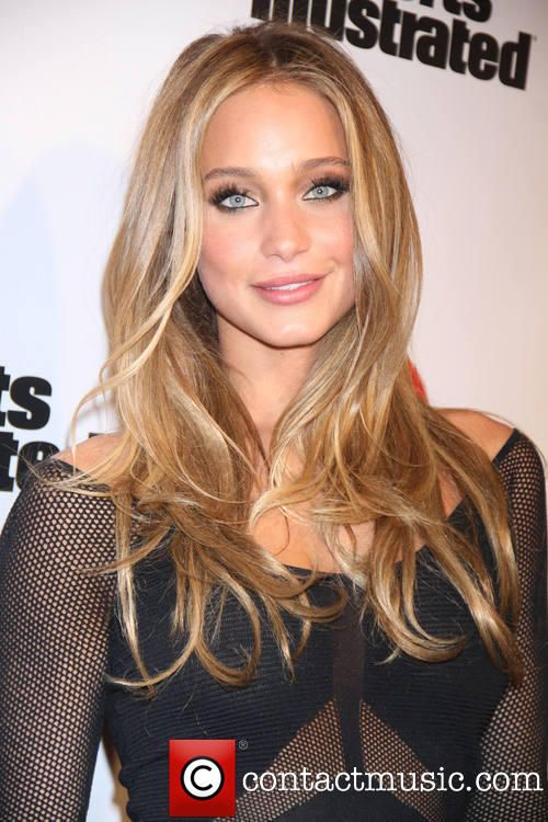 hannah davis | Hannah Davis - Sports Illustrated 2013 Swimsuit edition Model launch ...