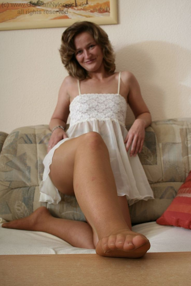 naked cuban female models