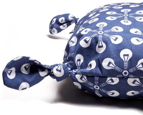 Little pillow, flower blue