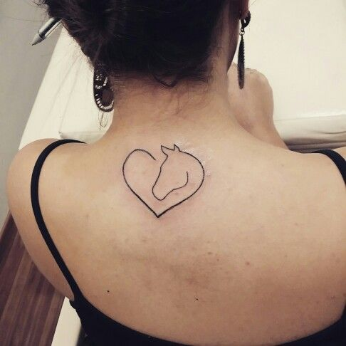 #horse #cavalo #amor #love #lines #ink #tattoo #tatuagem
