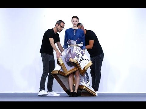 Viktor & Rolf | Haute Couture Fall Winter 2015/2016 Full Show | Exclusive - YouTube