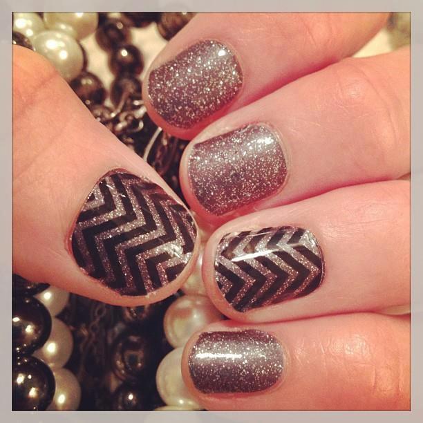 Clear Chevron and Sparkle. #chevronnails #nailglitter #nailart #nails #mani #diy www.AccessorizedMom.com