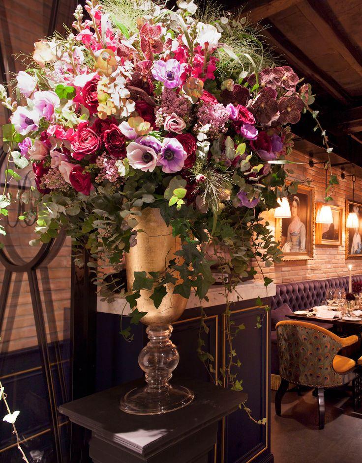 #flowers #tearose #gold #flowerdesigner