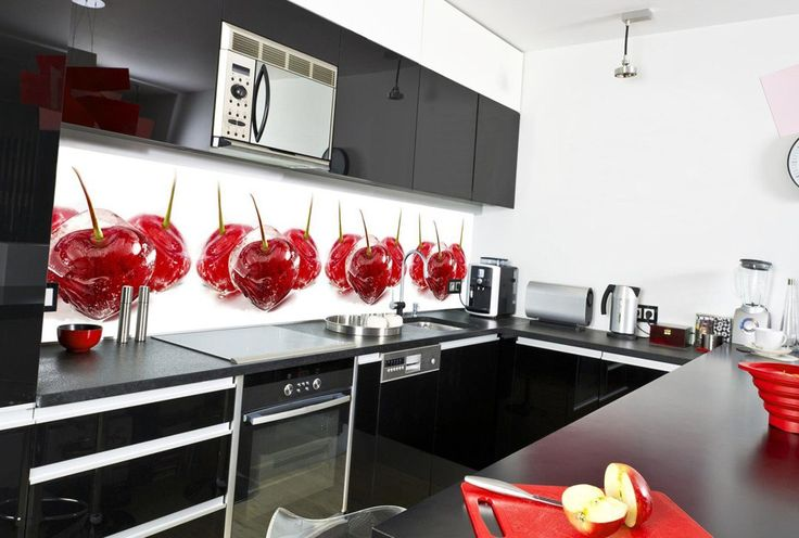 Во время ремонта, возникает вопрос, как сделать свою кухню максимально комфортной, функциональной и в тоже время красивой и оригинальной? Ведь после установки мебели, остаются открытые стены, которые зачастую мебельные ящики не перекрывают. Многие склоняются к облицовке стены плиткой, некоторые влагоустойчивым ДСП, ну а кто-то предпочитает выбирать более интересные варианты.  Мы предлагаем Вам оригинальный и при этом экологичный и надежный способ отделки кухонного фартука — сделайте его…