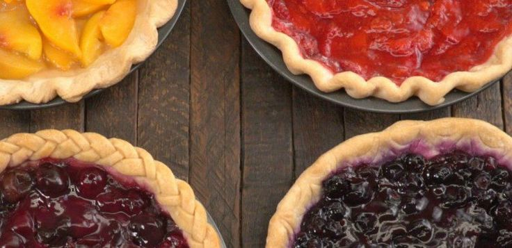Pies with fluted, braided, scalloped and rope edges