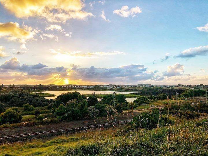 Love where you live by @luckier.7 #warrnamboolbeach #love3280 #warrnambool #destinationwarrnambool #lakepertobe http://ift.tt/2z5UIIX