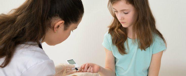 Il diabete infantile o di tipo 1: bambini ma anche adulti IL diabete è costituito un gruppo di malattie caratterizzate da aumento dello zucchero nel sangue. T diabete tipo 1 diabete glucosio