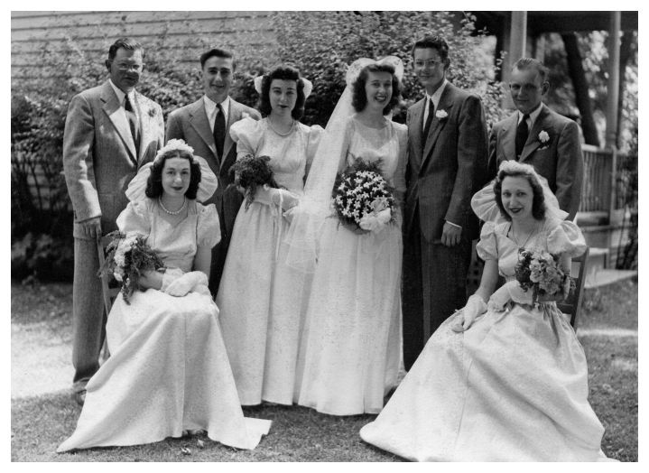 1000+ Ideas About 1940s Wedding Dresses On Pinterest