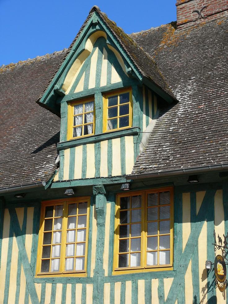 Les maisons de Pont l'Eveque ... www.martinaa.fr