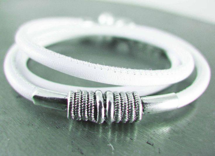 Wickelarmband von Elfenstübchen - Schmuckdesign auf DaWanda.com