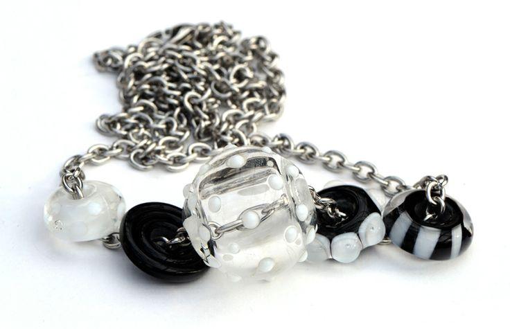 5 lampwork bead