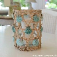 Make a Seashell Candle Holder Centerpiece: Beaches Houses Decor, Crafts Ideas, Sea Shells, Seashells Crafts, Beach Houses, Candles Holders, Seashell Crafts, Nautical Beaches, Beaches Decor