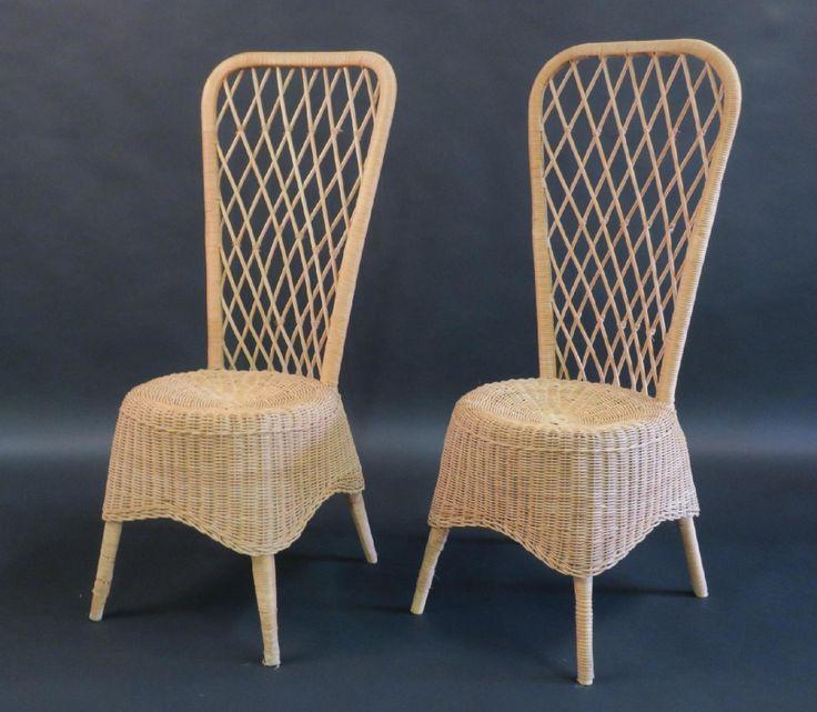 Jean Royère (1902-1981). Paire de chaises hautes en rotin tressé. Vers 1950-1952. Haut. 104 cm. Adjugé 800 euros par Enchères Pays de Loire le 29 novembre 2016 à Angers.