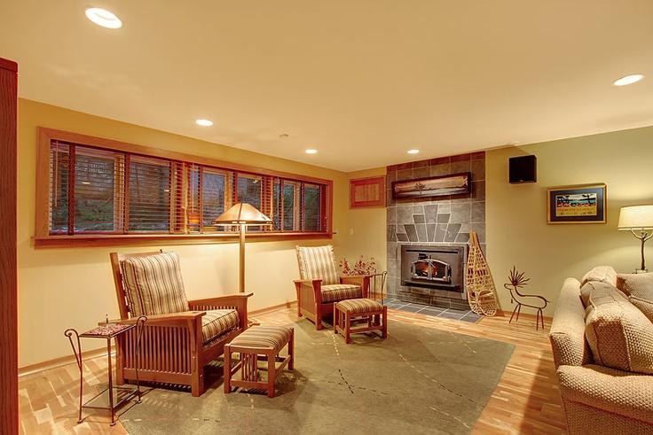 17 best images about daylight basement on pinterest for Daylight basement windows