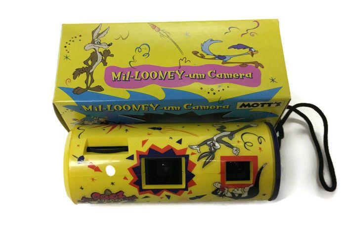 1999 Warner Bros - Mil-Looney-um Camera Mott's Promo NIB - 110 Film Not Included