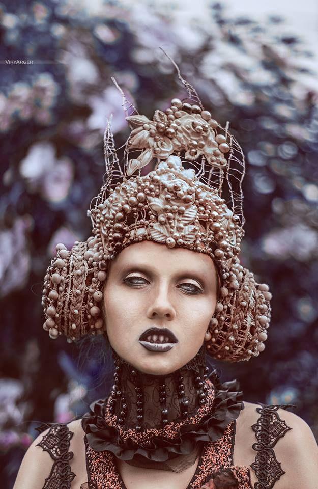 Historical Couture: the Works of Agnieszka Osipa - beautiful.bizarre
