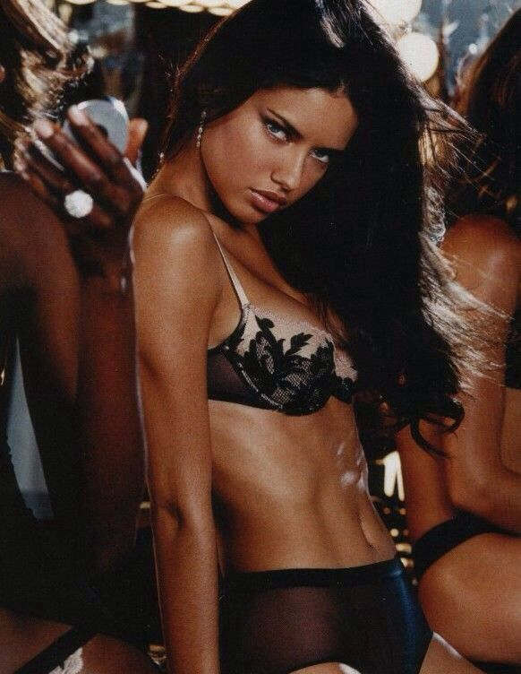 Adriana   SOURCE | @rqldasilva                    | rqld.tumblr.com