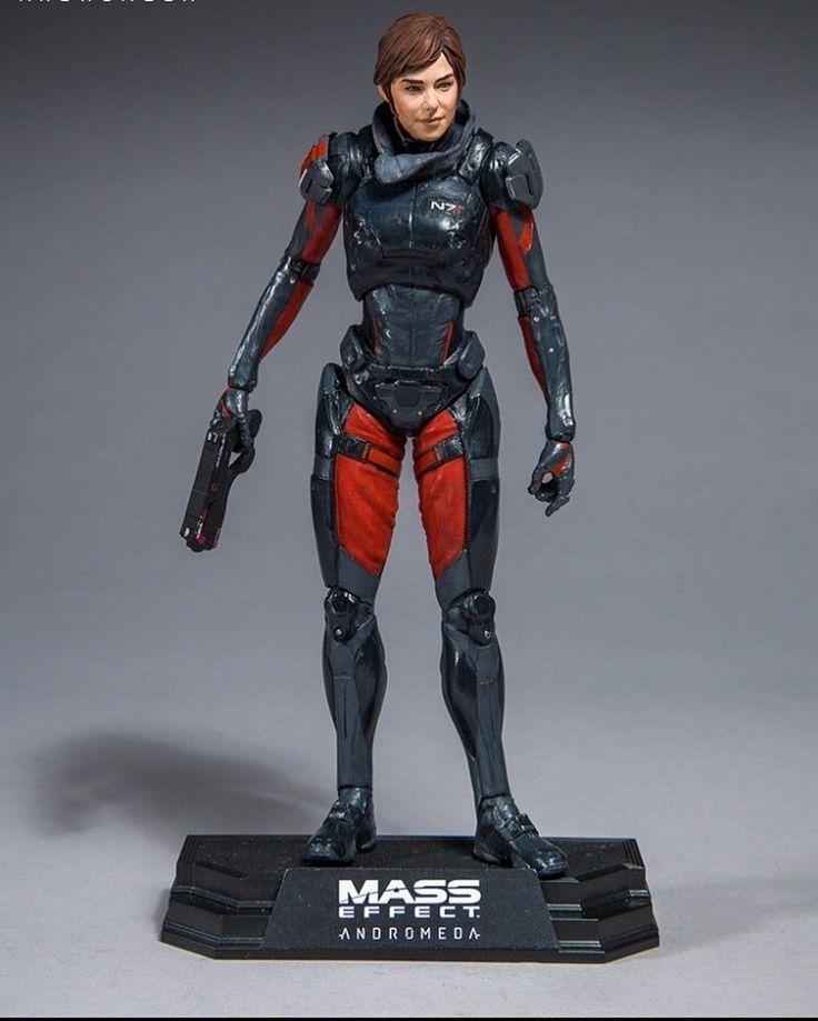 Sara Ryder Mass Effect Коллекционная фигурка Сары Райдер из видеоигры Mass Effect Andromeda. Фигурка приблизительно 18 см высотой и поставляется с аксессуарами. Детали: Абсолютно новый персонаж для вселенной Mass Effect. Включает штурмовую винтовку Camifex 12 точек артикуляции Стенд Цена: 1999 #lego #legoland #legoduplo #legoland #legotechnic #legobatman #legostarwars #lego #instalego #damtoys #damtoysfigures #hottoys #hottoyscollection #hottoyscollectors #hottoyscollectibles #sideshow…